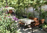 Снять дом в Феодосии под ключ, со своим двором, центр города