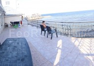 Феодосия, эллинг на 1-й линии, снять недорого комнаты у самого моря